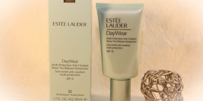 estee lauder daywear im test. Black Bedroom Furniture Sets. Home Design Ideas